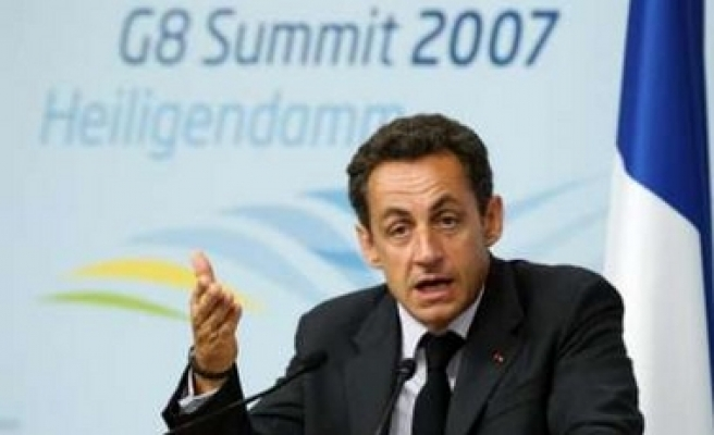 France to host int'l conference on Darfur June 25