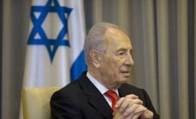 Israel's Peres discharged from hospital