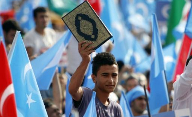 China bans religion in Uighur home Xinjiang