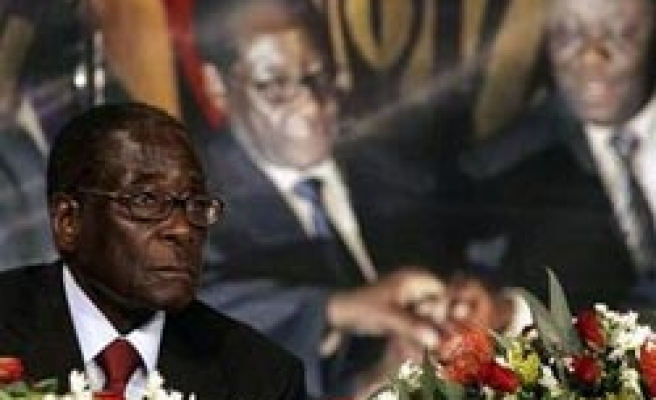 Mugabe says deputy planned to unseat him