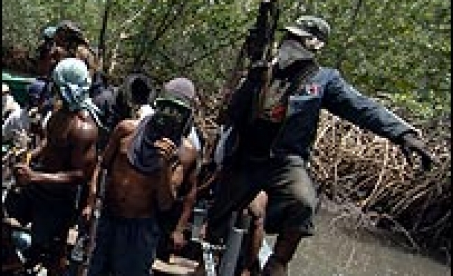Indian hostages freed in Nigeria