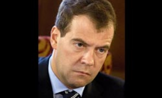 Russia's Medvedev plans 'systematically' attacks on Caucasus fighters