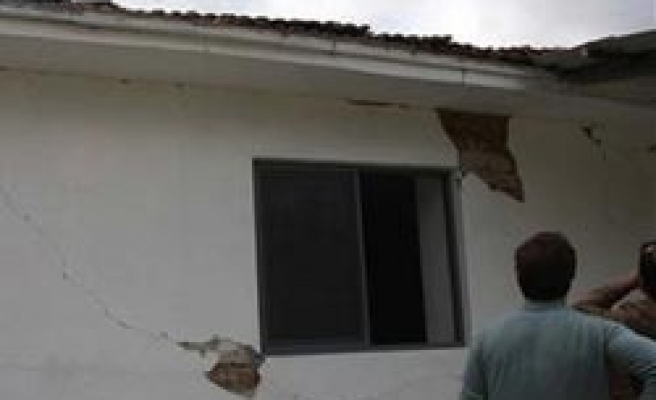 Albanian families given permit to rebuild houses in Mitrovica