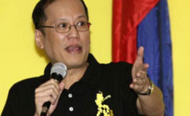 Aquino's son to run for Philippines presidency