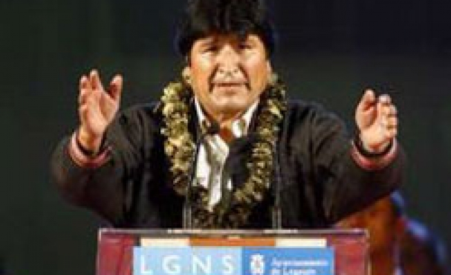 Bolivian Morales accuses Europe of double standard over immigrants