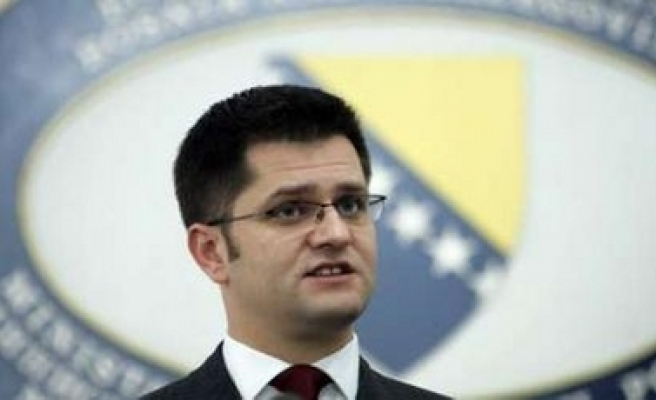 Serbia calls for new talks on Kosovo but no independence