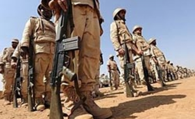 Saudi Arabia to raise wages for army staff