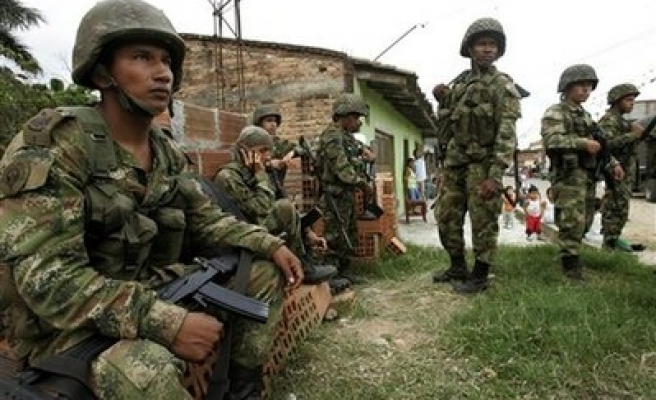 Colombian rebel attacks kill dozens