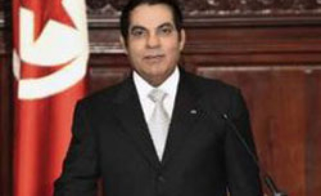 Tunisian president reshuffles government