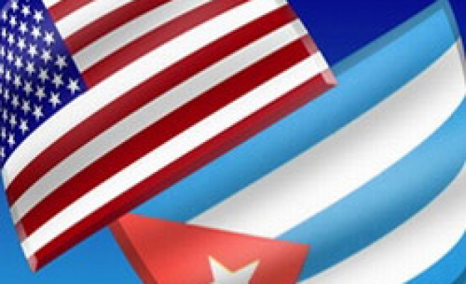 U.S. to seek end to travel curbs, set up embassy in Cuba talks