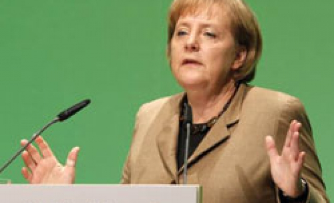 German coalition agrees to delay solar cuts