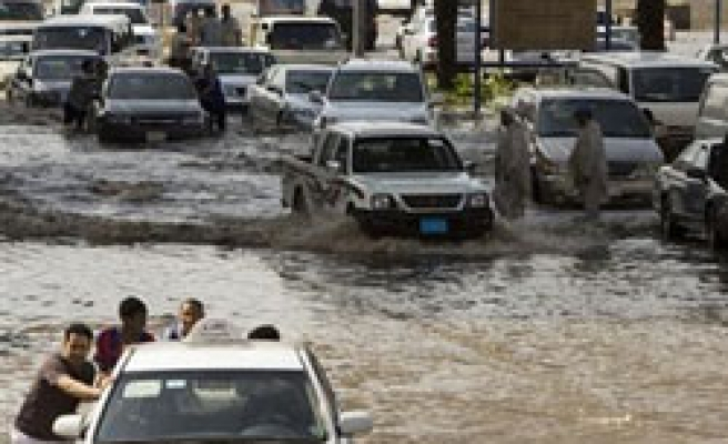 At least 30 detained in Saudi flood probe: reports