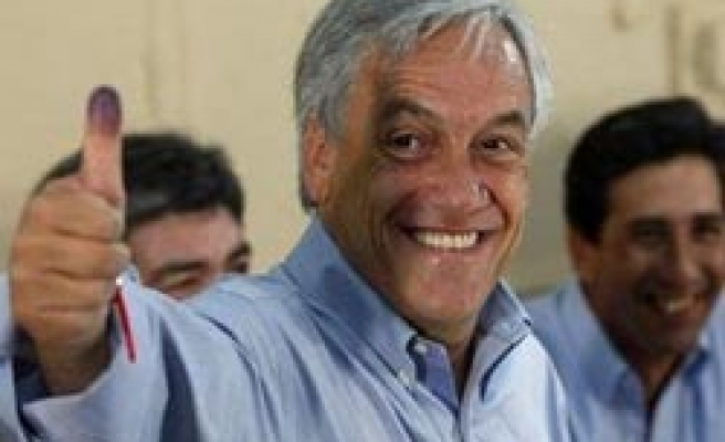 Chile set for runoff vote, conservative wins first round
