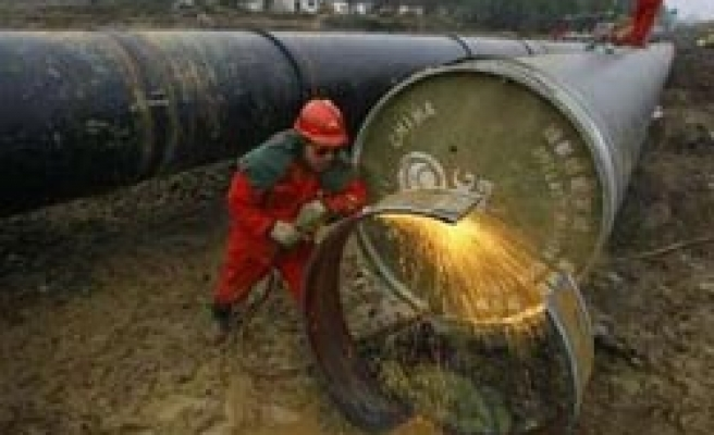 Gas, power shortages hit central China