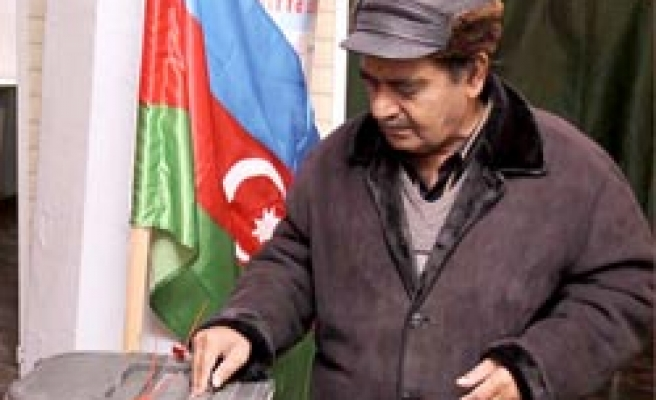Azerbaijan starts to vote for local elections