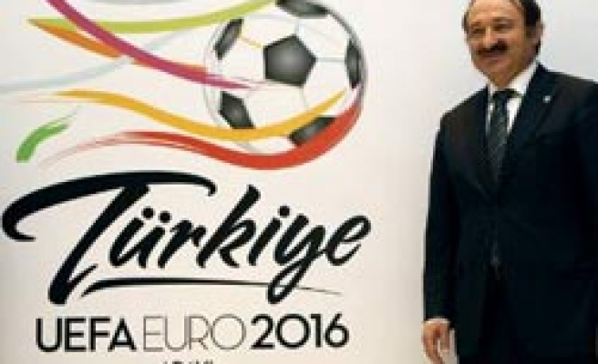 Turkey would bring passion to Euro2016 says minister