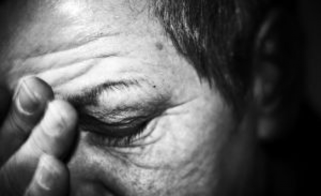 Stress speeds mental decline in impaired elders