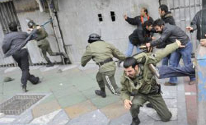 Iran tries five people over Ashura unrest