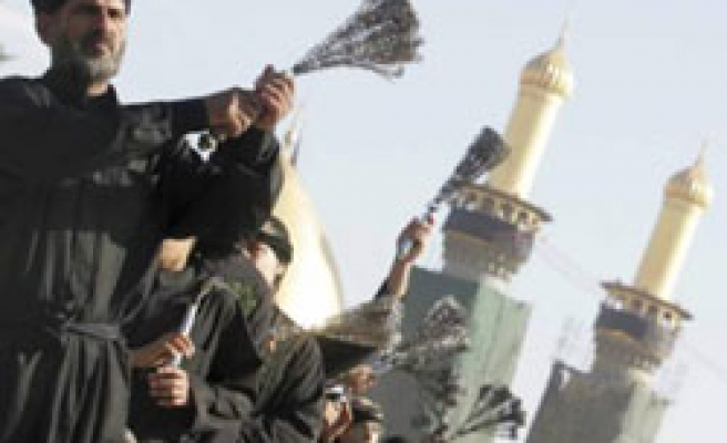 Millions in Iraq gather for Ashura / PHOTO