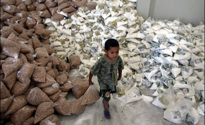 400 tons of food and medical aid to Gaza