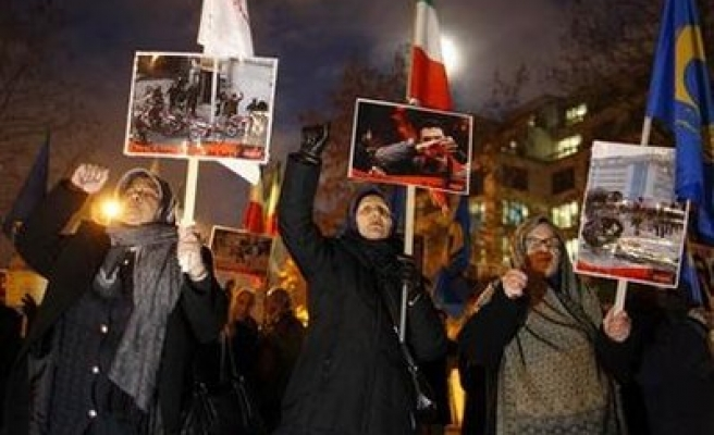 Two Iranian opposition leaders 'fled' Tehran: IRNA