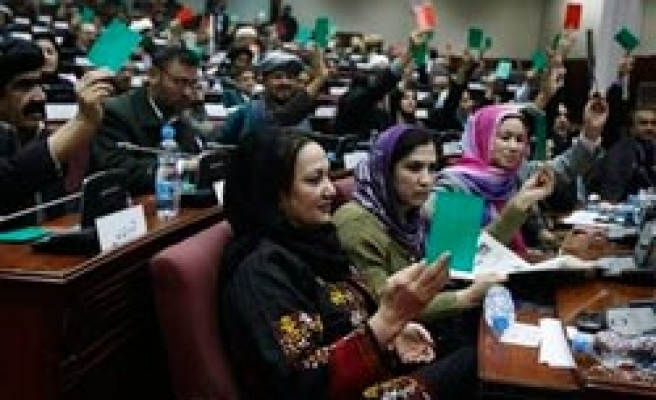 Karzai fails to win major approval for cabinet nominees / PHOTO