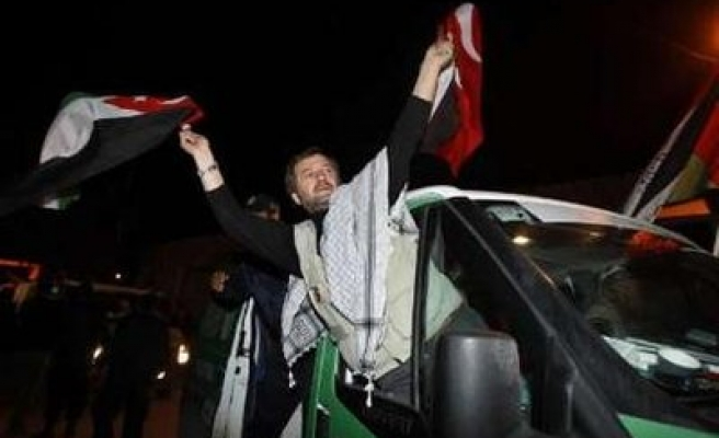 Viva Palestina activists finally enter Gaza despite Egypt