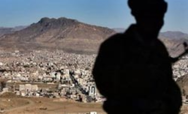 Yemen says captures 3 Qaeda fighters