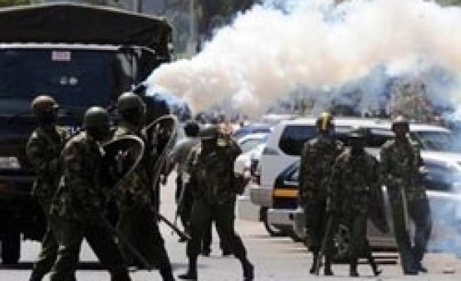 Kenya police attack Muslim protesters over Jamaican cleric