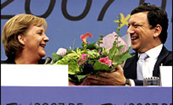 EU leaders agree on reform treaty