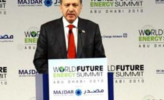 Turkey's PM calls for energy cooperation in UAE summit