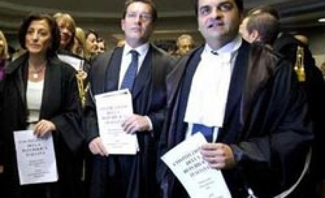 Italian Magistrates walk out of courts over Berlusconi's judicial moves