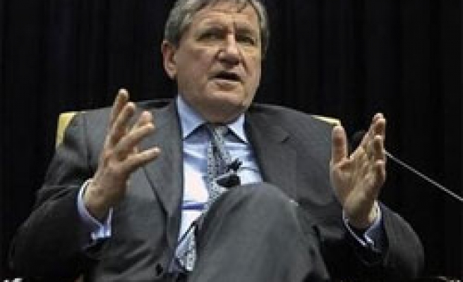 Holbrooke sees Taliban talks, military attacks can run in parallel
