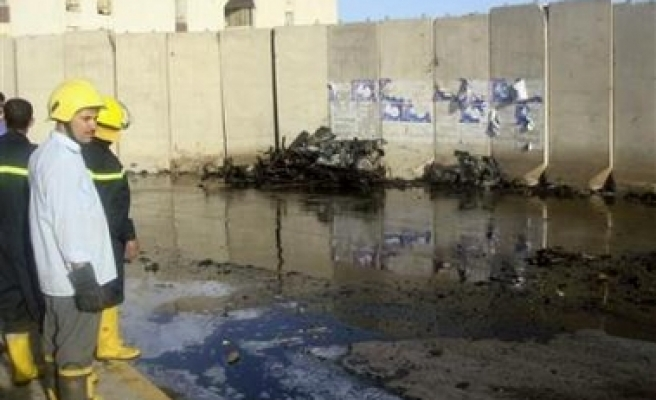 Many killed in 2 suicide attacks in Iraq