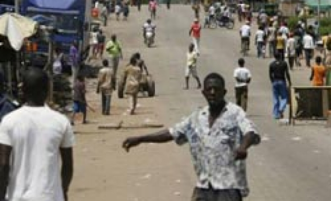 Protesters 'killed in southern Ivory Coast'