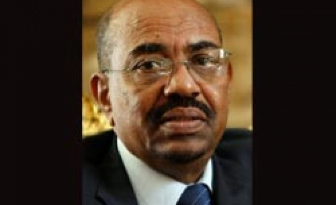 Sudan signs deal with Darfur rebels, cancels death penalties