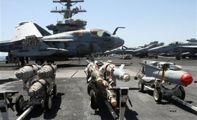 India to allow US supercarrier to dock