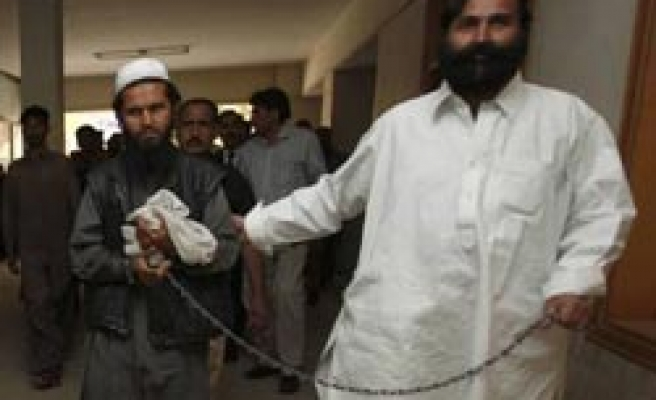 Pakistan to hand over Taliban Deputy to US-occupied Afghanistan