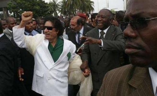 Gaddafi calls for two-million strong African army