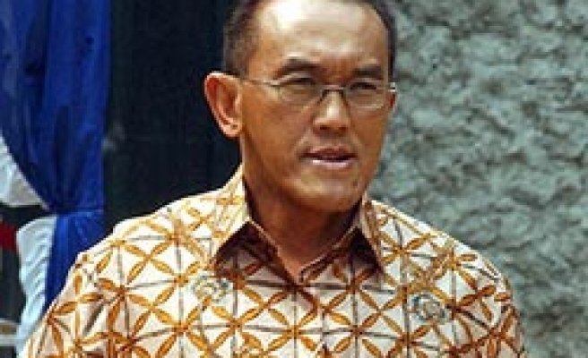 Indonesia tycoon wins party's presidential nomination