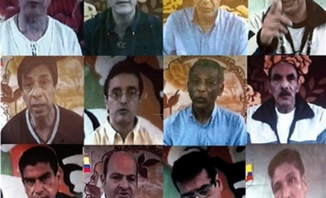 Report: FARC says 11 hostages killed