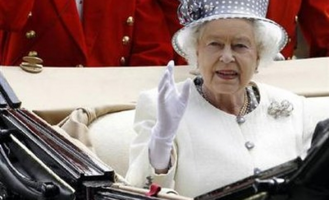 Queen to meet Pope in first Vatican trip in over 30 years