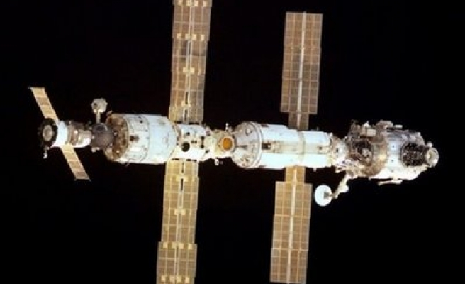 Software problem delays cargo ship arrival at space station