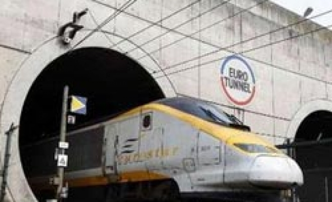 France, UK to reject EU plea for lower Eurotunnel fees