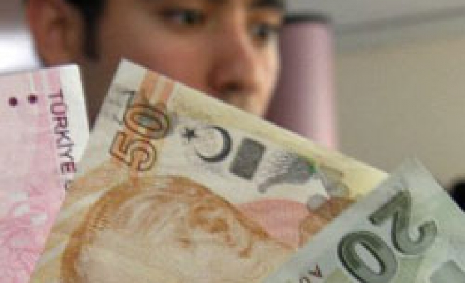One US dollar drops below 1.48 Turkish Liras after six months