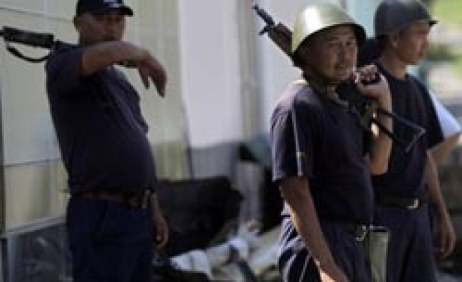 Rights group claims Kyrgyz forces aided attacks on Uzbeks