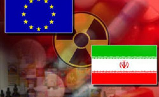 EU hits Iran with new sanctions, Turkish efforts go on