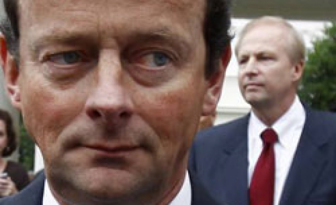 BP replaces CEO with American after oil spill disaster