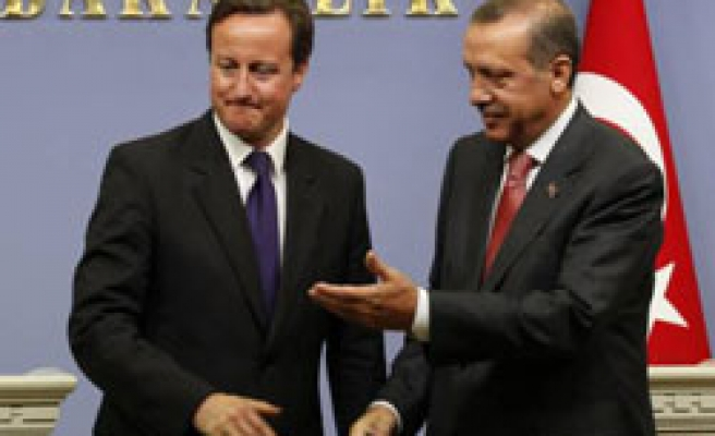 UK's PM says anger with EU blockings for Turkey