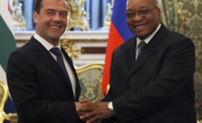 South Africa, Russia ink new uranium deal